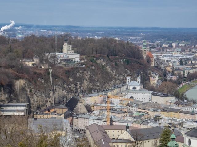 Mönchsberg von der Festung aus gesehen