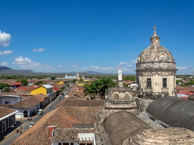 Nicaraguas Kolonialstädte: Aussicht vom Turm der Eglisia Merced Granada