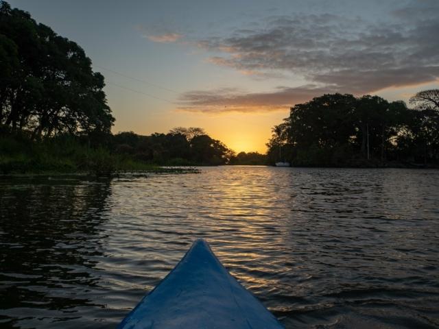 Kayaktour in den Isletas bei Sonnenaufgang