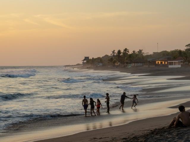 Nicaraguas Kolonialstädte: Strand von Las Penitas