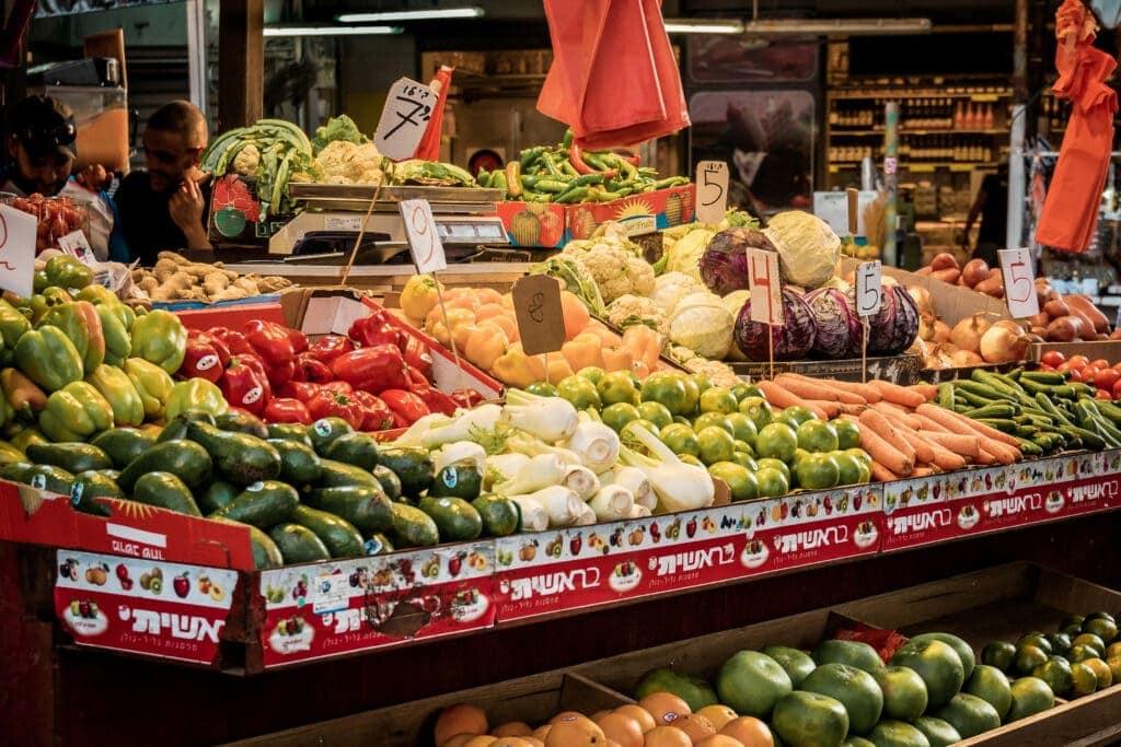 Tel Aviv Food Guide: 20 Tipps für Frühstück, Streetfood und Abendessen