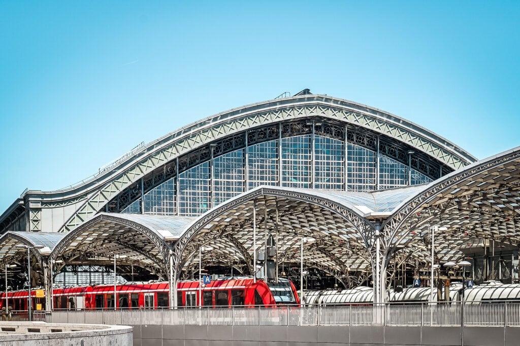 Städtereisen mit dem Zug: 45 Ideen unter 12 Stunden Reisezeit